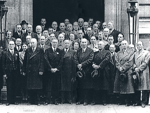 In London, in 1946, 65 delegates from 25 countries meet to discuss the future of International Standardization.